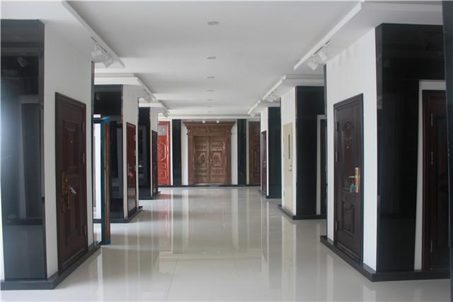 产品展厅.JPG